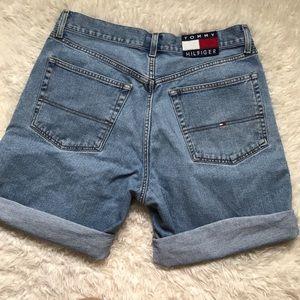Vintage TH shorts 🤙🏼